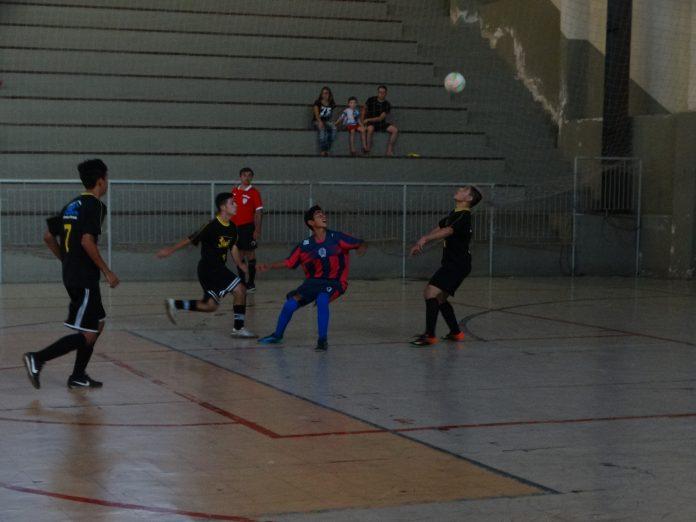 Final de semana decisivo na Copa Cidade de Futsal – Categoria Menores –  Troféu Nivaldinho 5364ea8d127d4